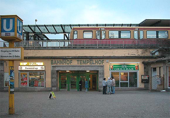 u und s bahnhof tempelhof photo berlin tempelhof online. Black Bedroom Furniture Sets. Home Design Ideas